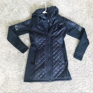 Athleta Rock Springs CYA quilted puffer jacket S